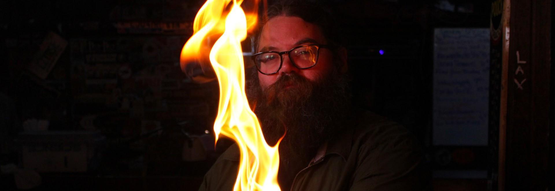 Giocare con il fuoco