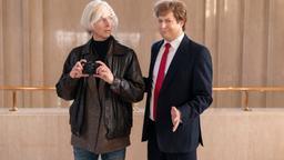 Andy Wharol vs. Donald Trump