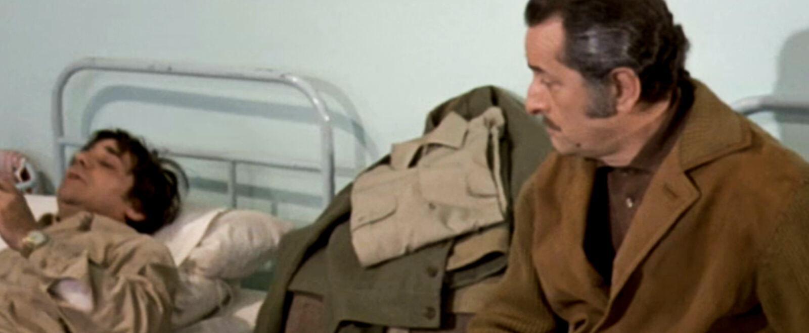 Scusi, si potrebbe evitare il servizio militare?.. no!