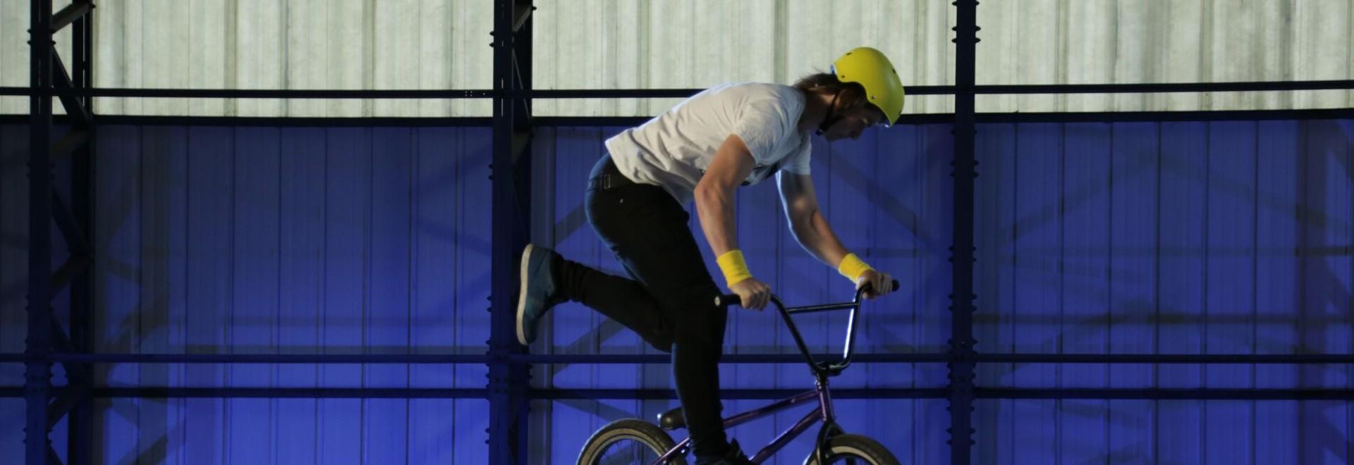 Acrobazie in bici