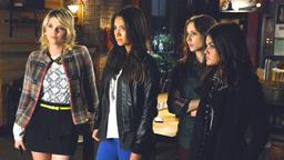 Pretty Little Liars: The Perfectionists