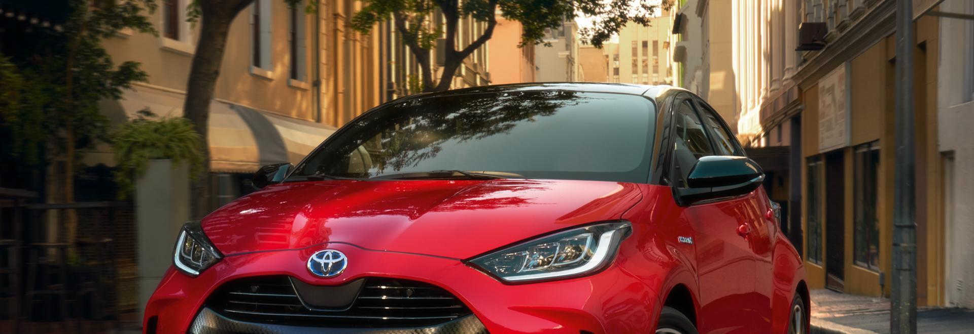 Toyota Yaris Hybrid - Esterni e dinamica