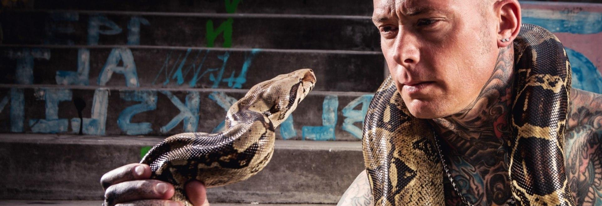 Un treno di serpenti