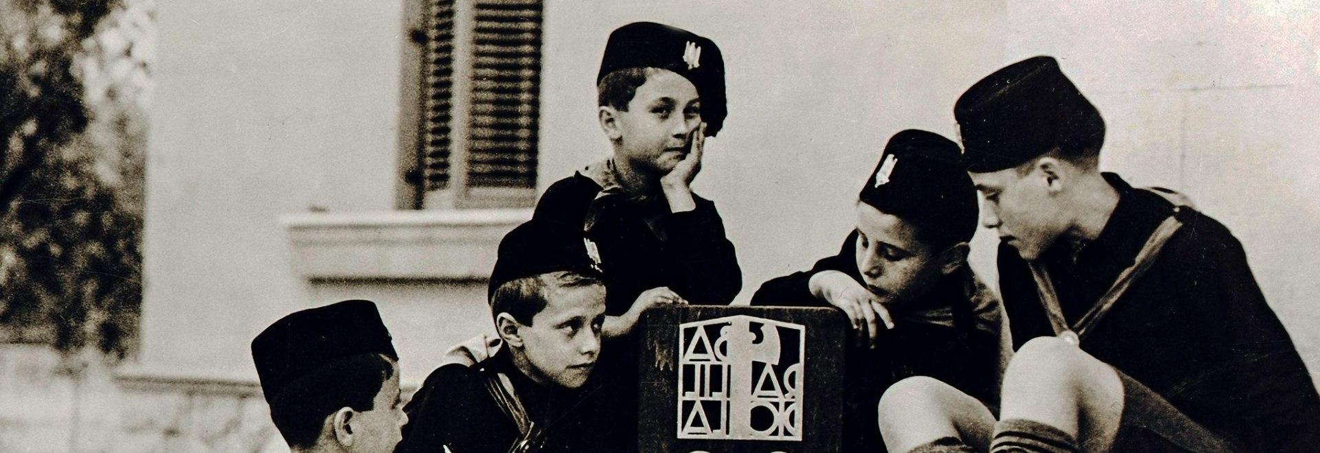 1938, diversi - Le leggi razziali del fascismo