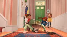 Paddington e lo scoiattolo / Paddington diventa un agente segreto