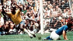 Il genio di Pelé, il sangue dei dittatori