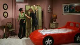 Un letto nuovo per Monica