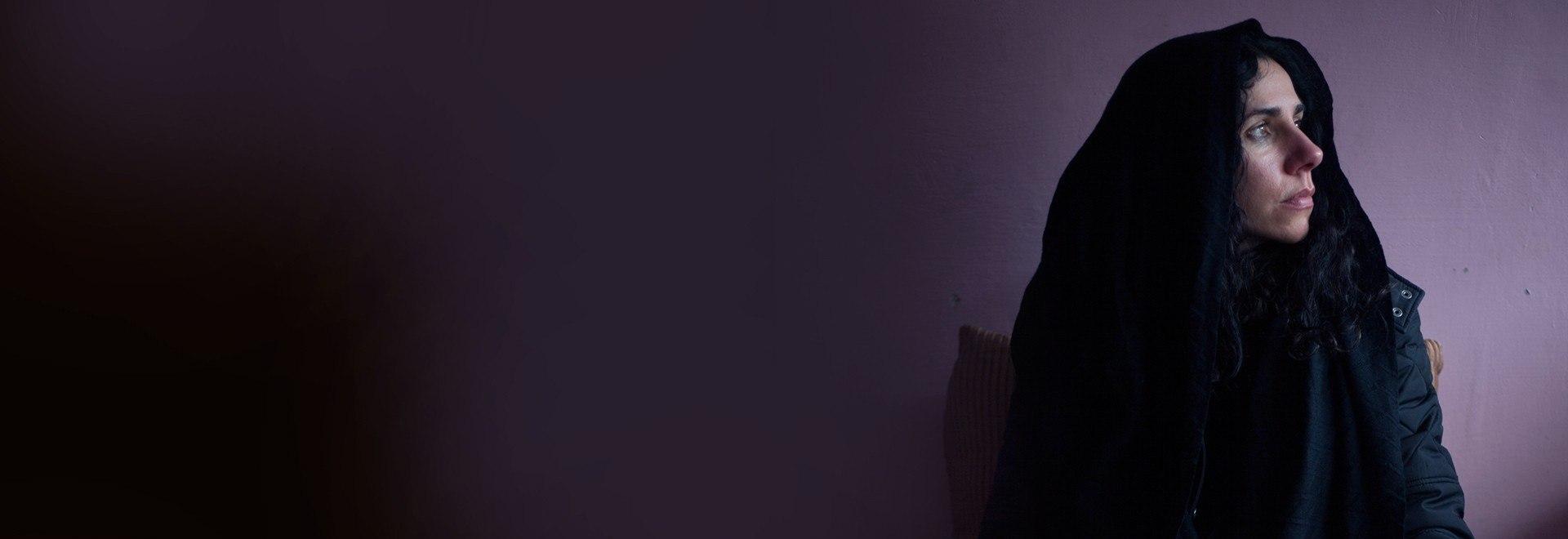PJ Harvey - A Dog Called Money