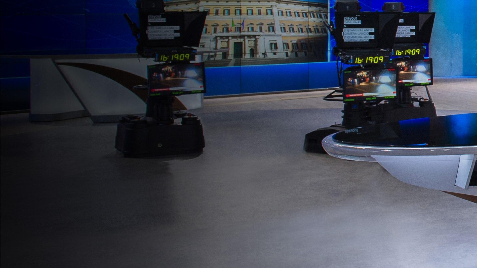 TV8 HD TG24 mezz'ora  (diretta)